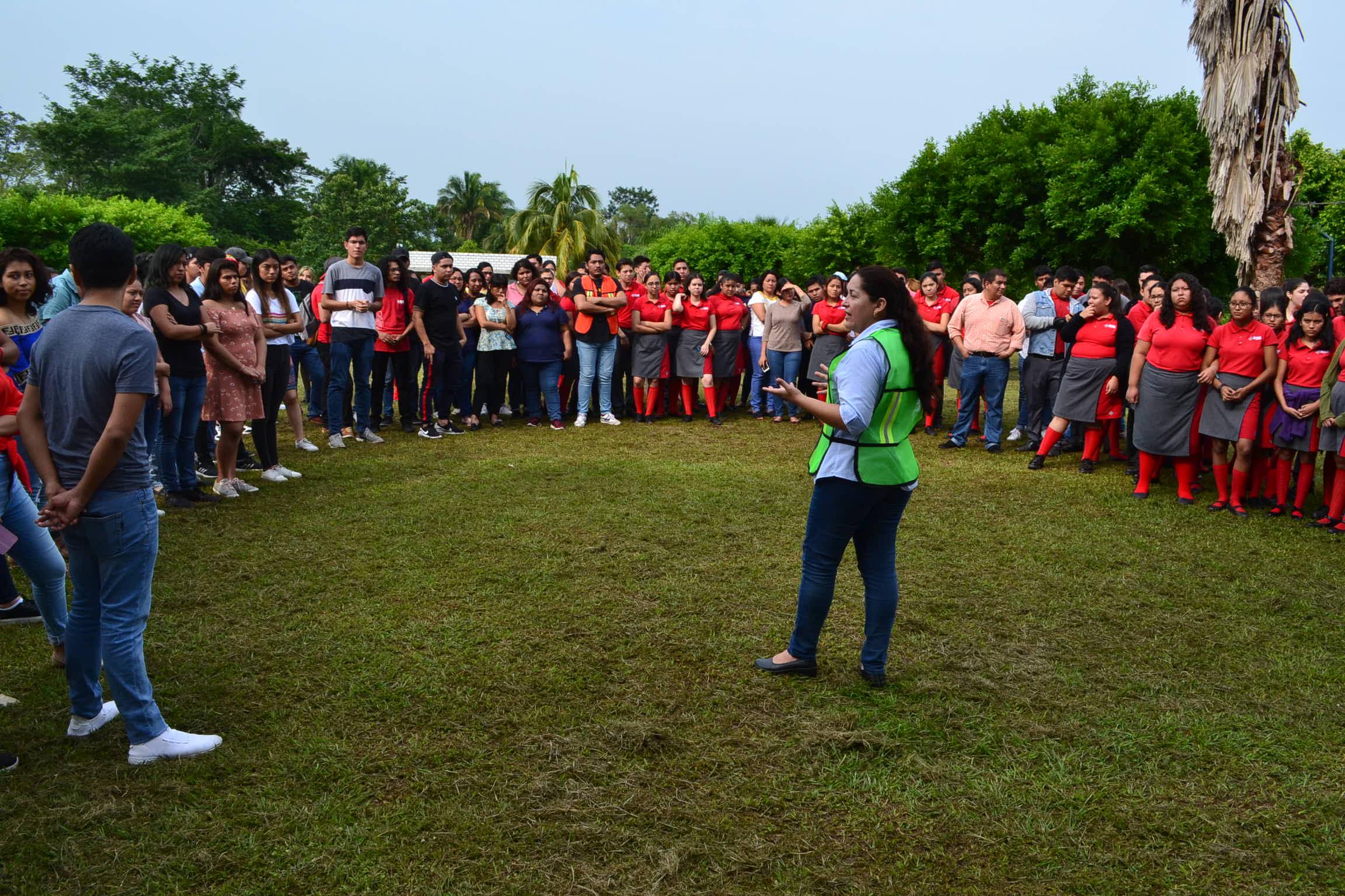 Comunidad UMAD Papaloapan participa en macrosimulacro nacional