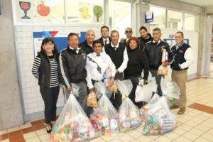 Comunidad UMAD entrega despensas a vigilantes